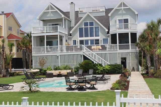 The Best Of What Beach Offers This Newly Renovated Isle Palms House Has Five Bedrooms Four And 1 2 Baths