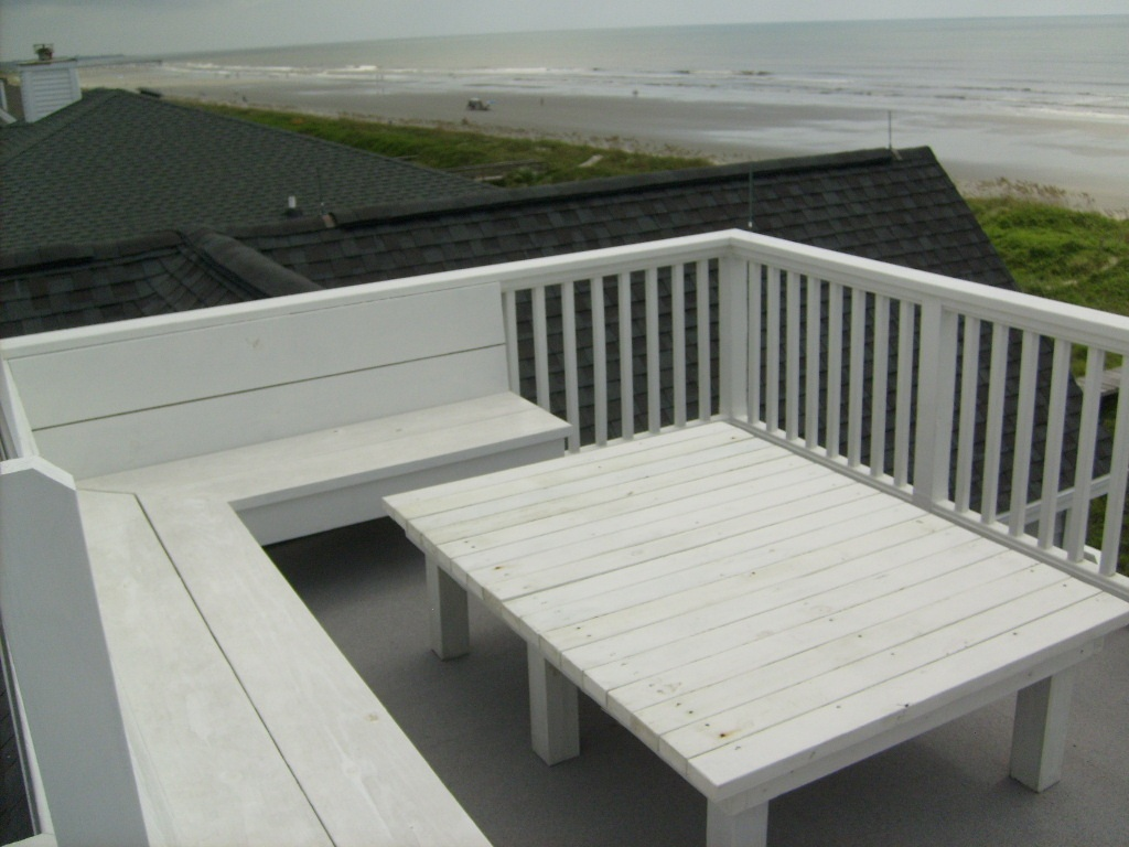 - Rooftop-Seating-3